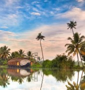 Kerala in Houseboats 4 Days Tour Package