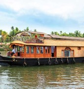 Spice Routes – Luxury House Boat