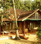 Vembanad Lake Villas Homestay