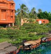 Haveli Backwater Resort