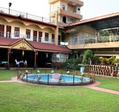Hotel Alakapuri