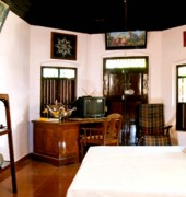 Edayadil Tharavadu Lake and Woods Homestay