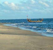 Famous Tourist Beaches of Kerala