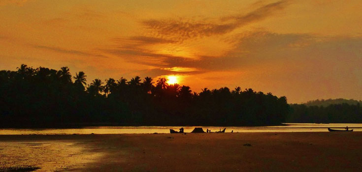 How To Reach Thalassery